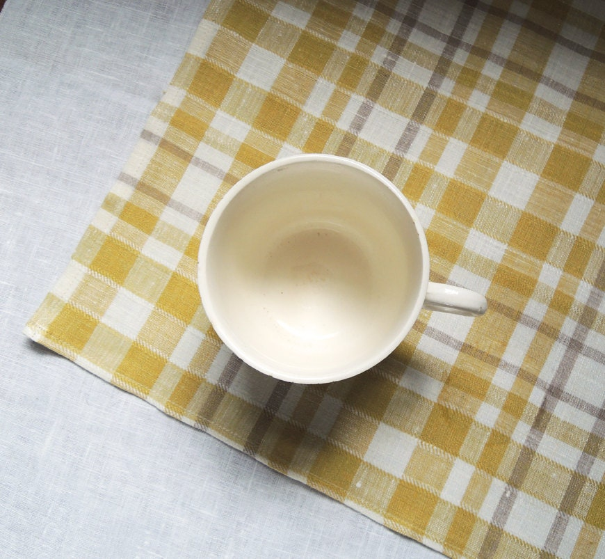 Cheerful warm gray, yellow and off white plaid linen napkins set of 4 - giardino