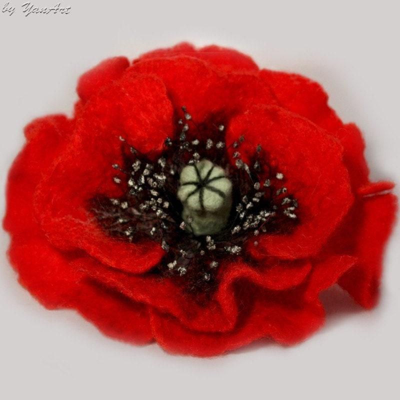Felted wool brooch pin flower Poppy