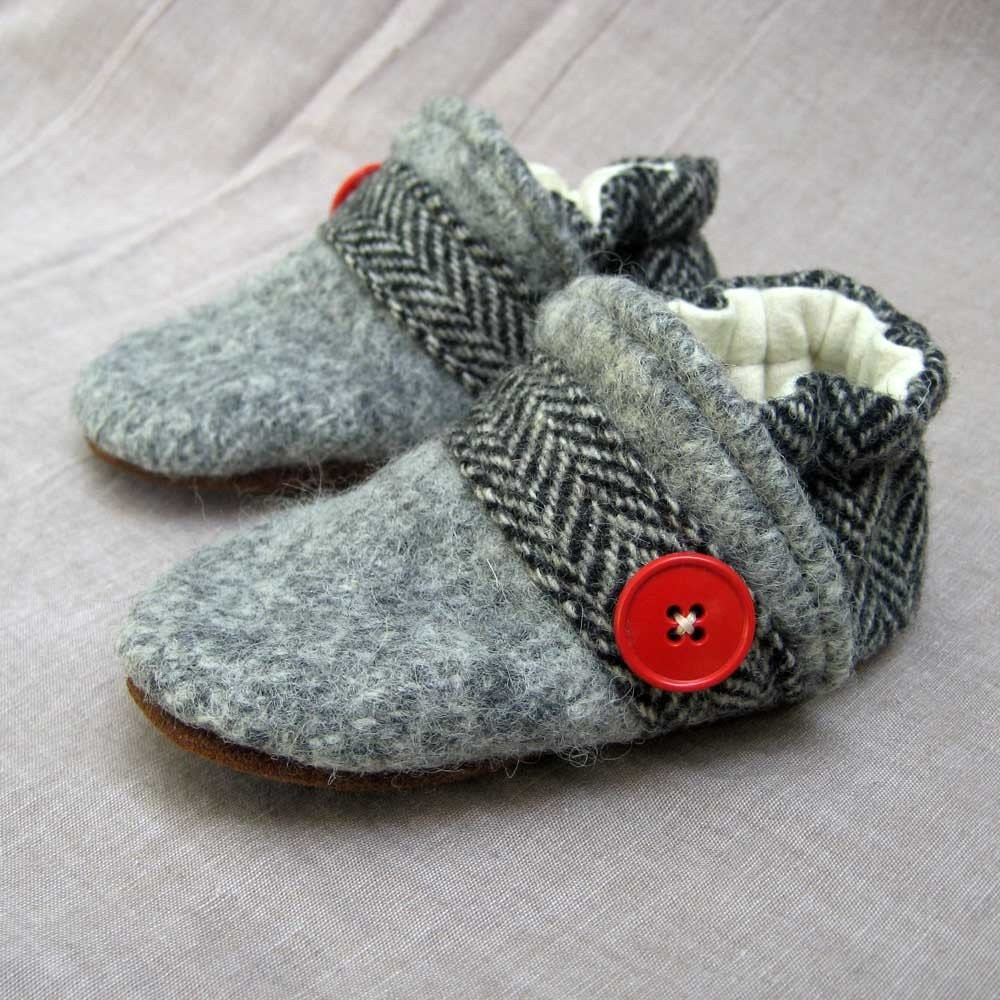Herringbone Wool Slippers Leather Bottom  Kids Size 12-18 months old made from recycled materials