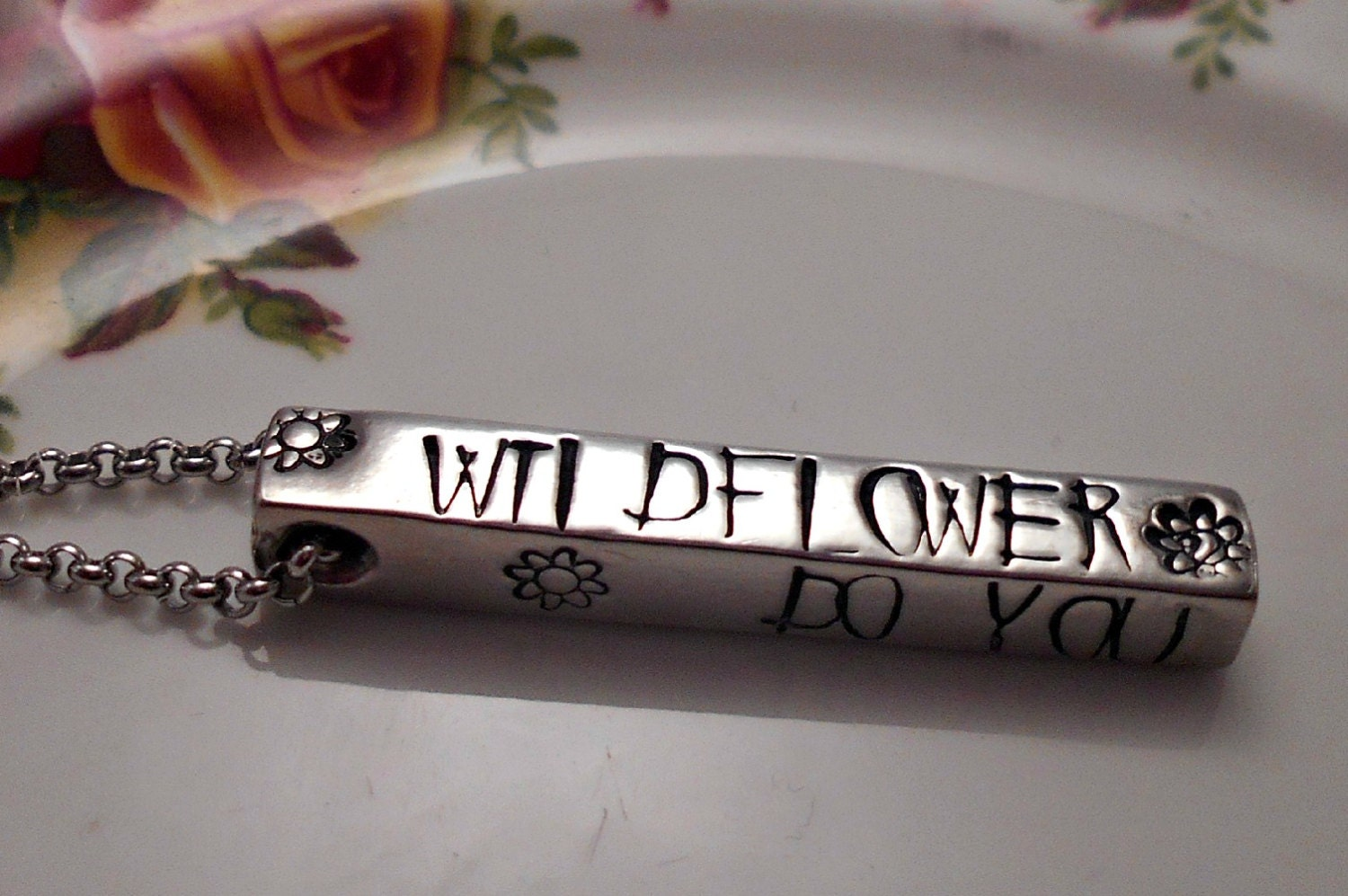 Alice in Wonderland Wildflower Necklace Alice in Wonderland Jewelry Alice Necklace Sister Jewelry Necklaces Jewellery for Teenagers