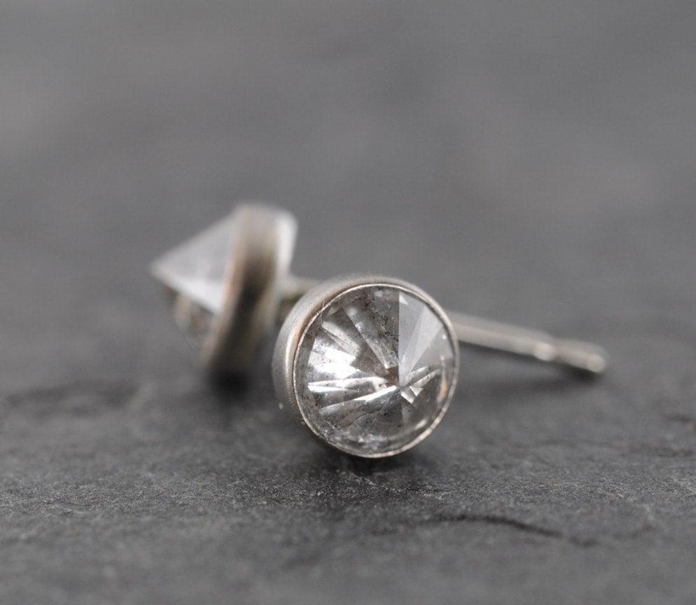Natural diamond earrings - 18k gold