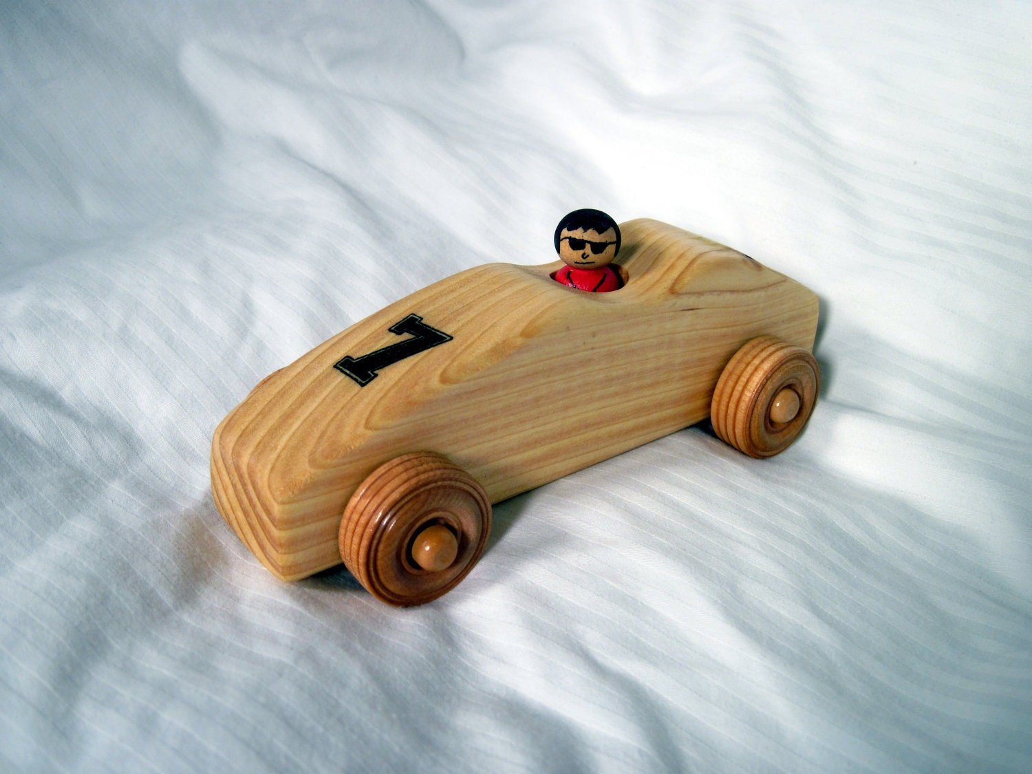 Wood race car (number 7)