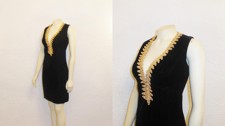 Vintage Dress 50s 60s Mad Men Era Black Velvet & Gold Embroidery Size 12 Modern Medium