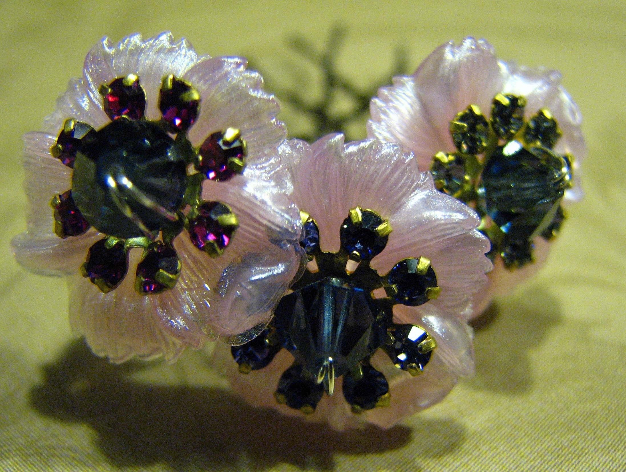Etsy 3 vintage lucite swarovski pink hair pin