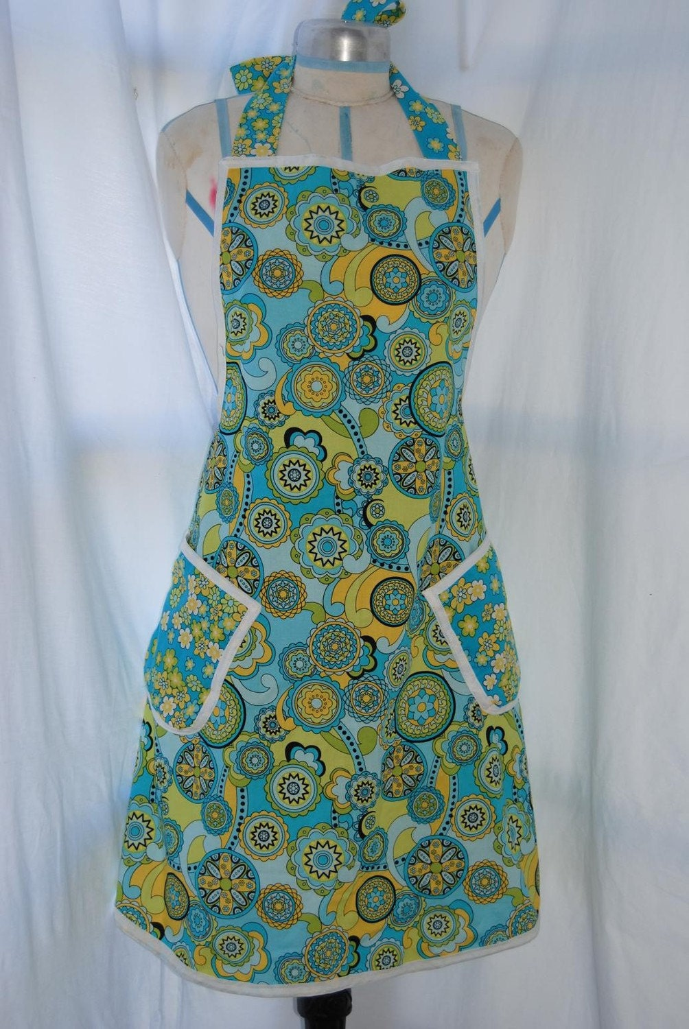 Retro Floral /Lime Green Womens Full Apron