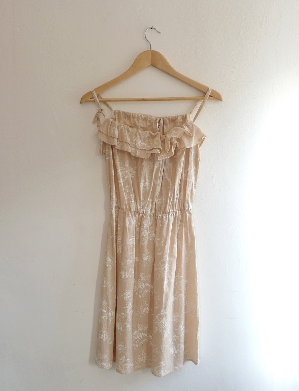 Romantic summer dress - Cream with white flowers