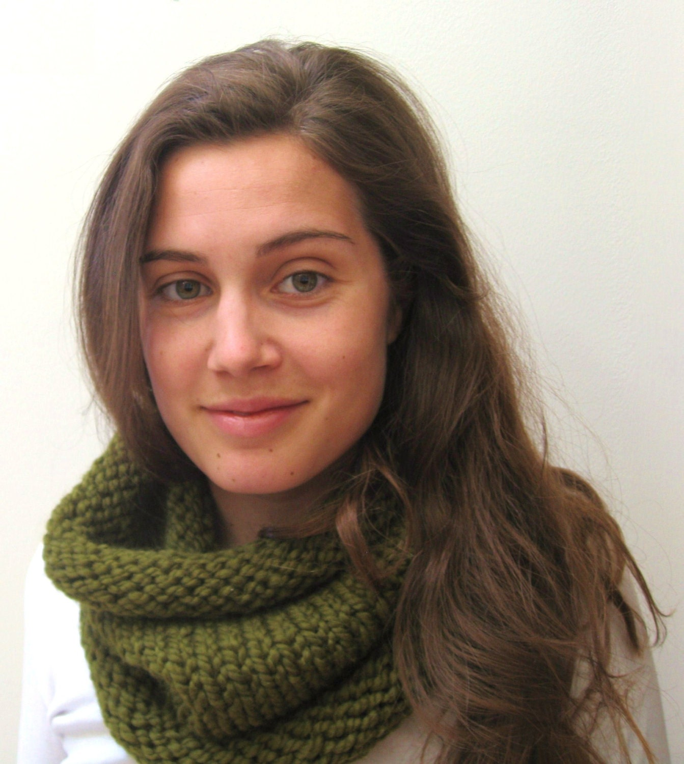 The Classic Cowl - Wool Blend - Cilantro