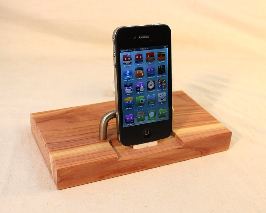 Cedar  iPhone - iPod Dock -Charger and Sync Station -  Great Smell - Sliver style V2 iDock