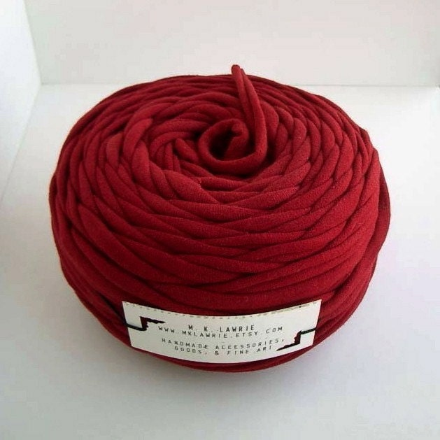 Super Bulky Yarn : Super Bulky T-shirt Yarn Red by mklawrie on Etsy