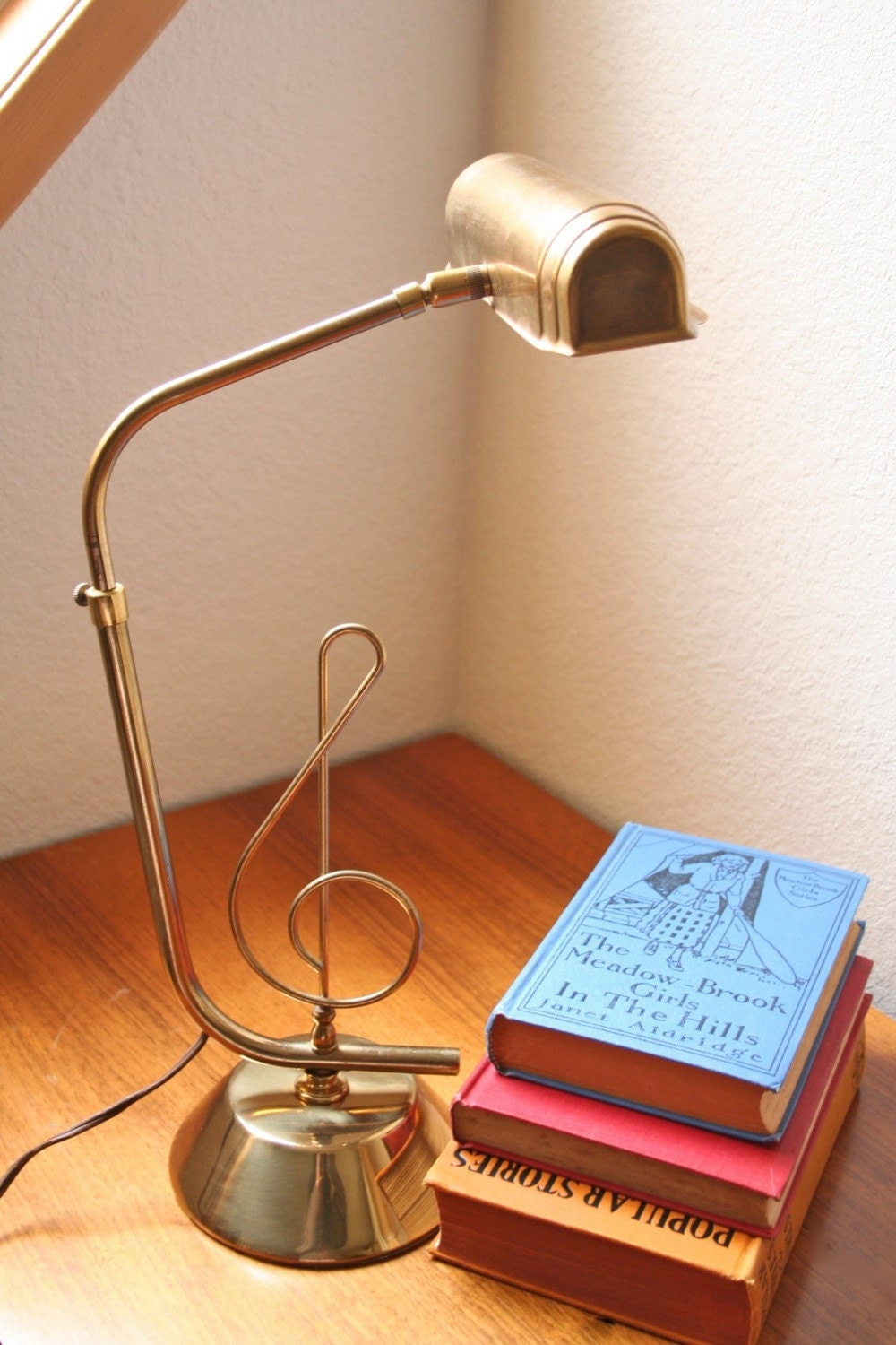 Etsy :: ModishVintage :: vintage piano or desk lamp with music note motif from etsy.com