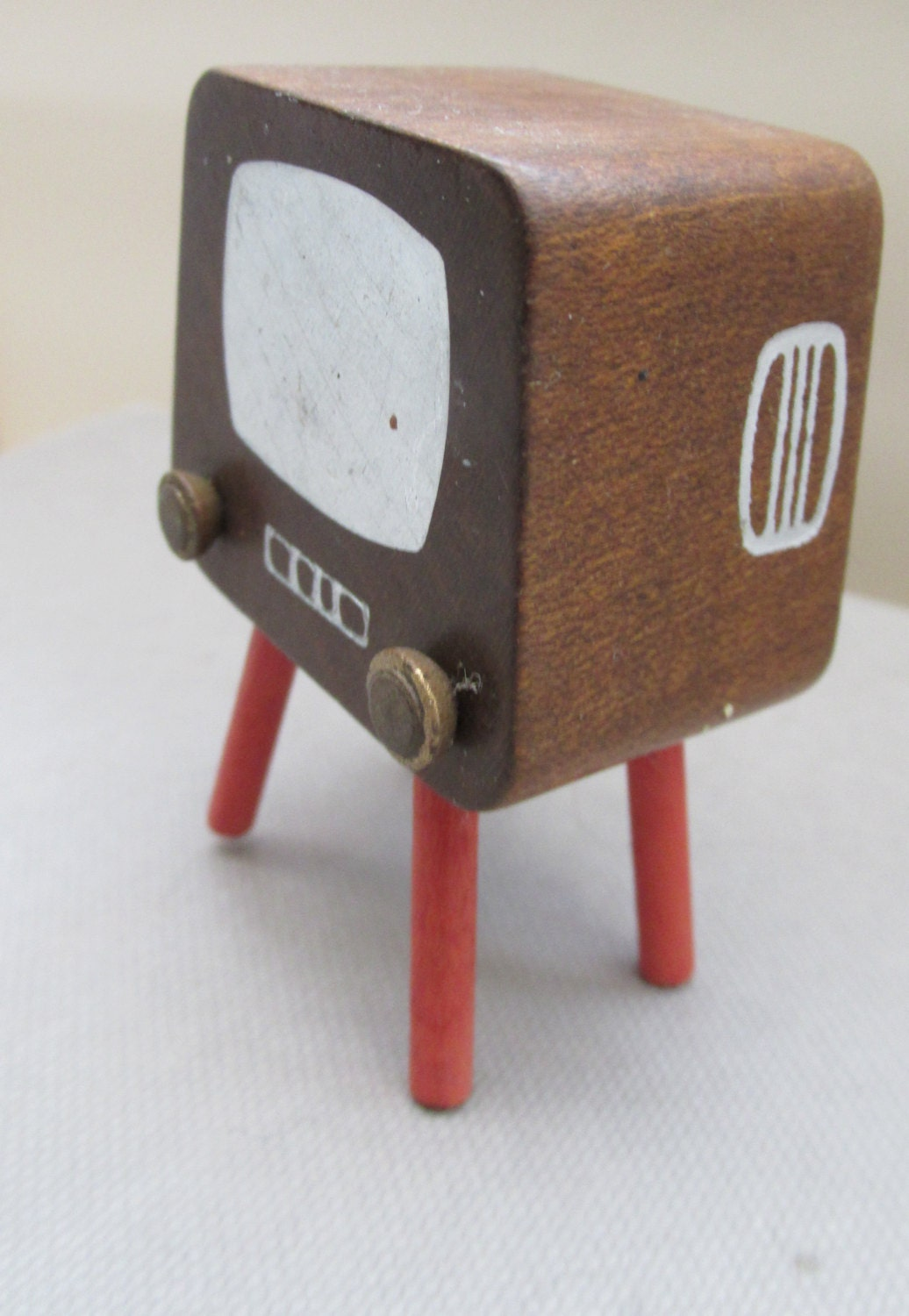 Vintage 1970s Czechoslovakian Tofa Wooden Dolls House Television Set
