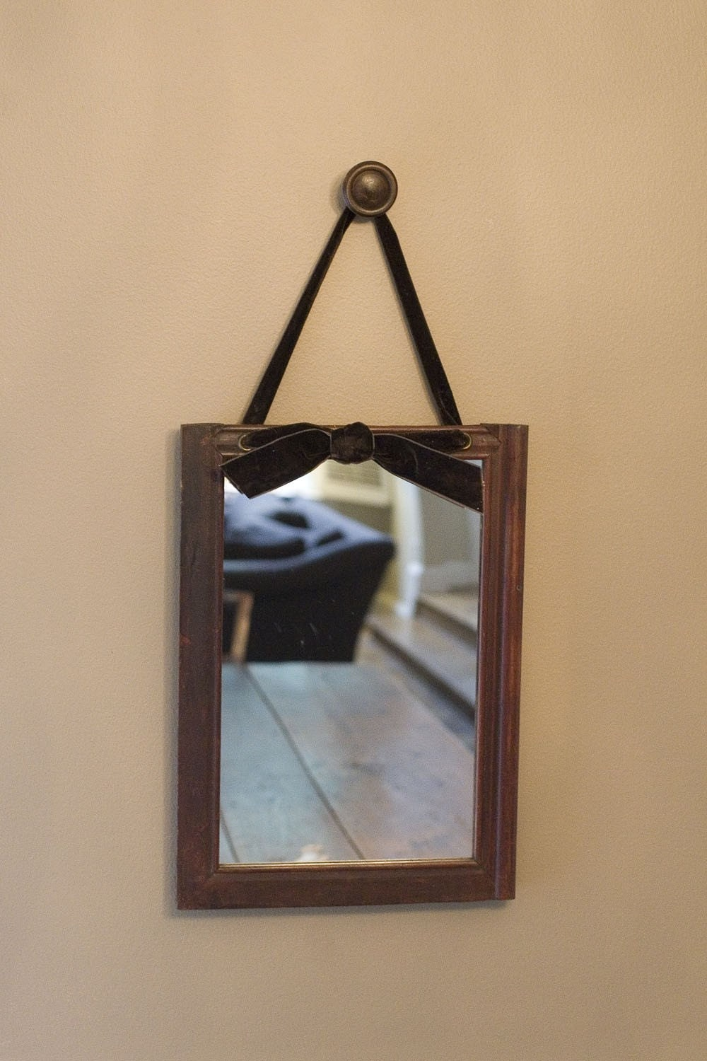 Decorative Hanging Wood Ribbon Mirror Or Chalkboard By