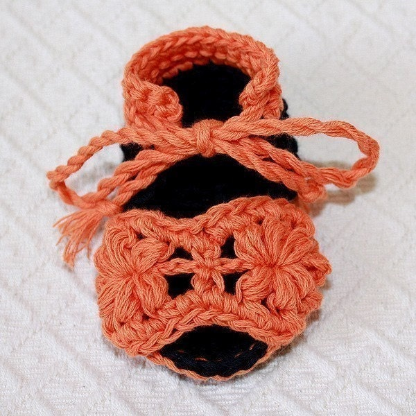 PATTERN - crocheted Flower Baby Sandals