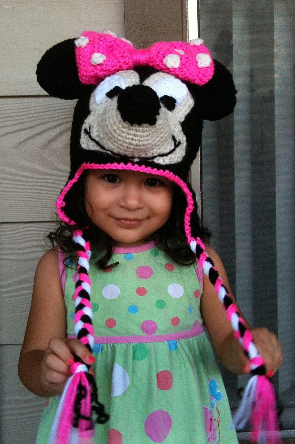 Free Crochet Patterns For Disney Hats : Best Patterns: Minnie Mouse Crochet Beanie Ear-flaps PDF ...