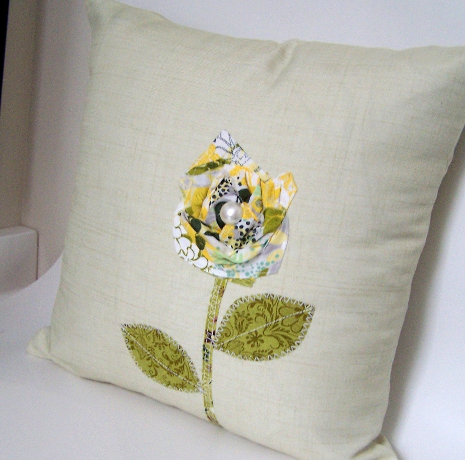 Vintage Bloom Green and Yellow 16x16 Pillow Cover