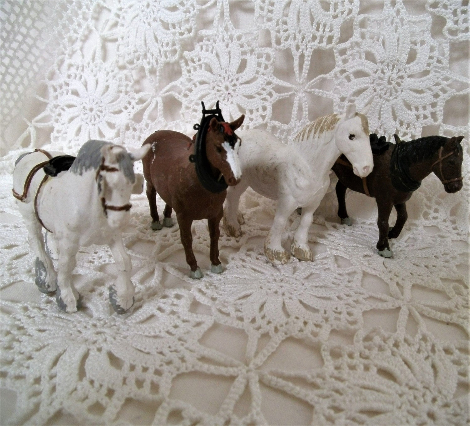 Vintage Model Horses. Britains Horses. Set of 4 Model Horses. Model Working Horses Draught Shire Horses. Suffolk Punch. Miniature Horses.
