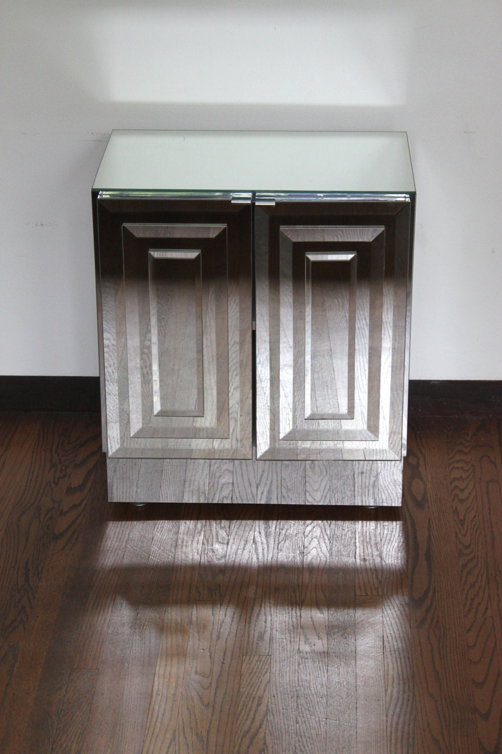 1960s Hollywood Regency Mirrored Cabinet