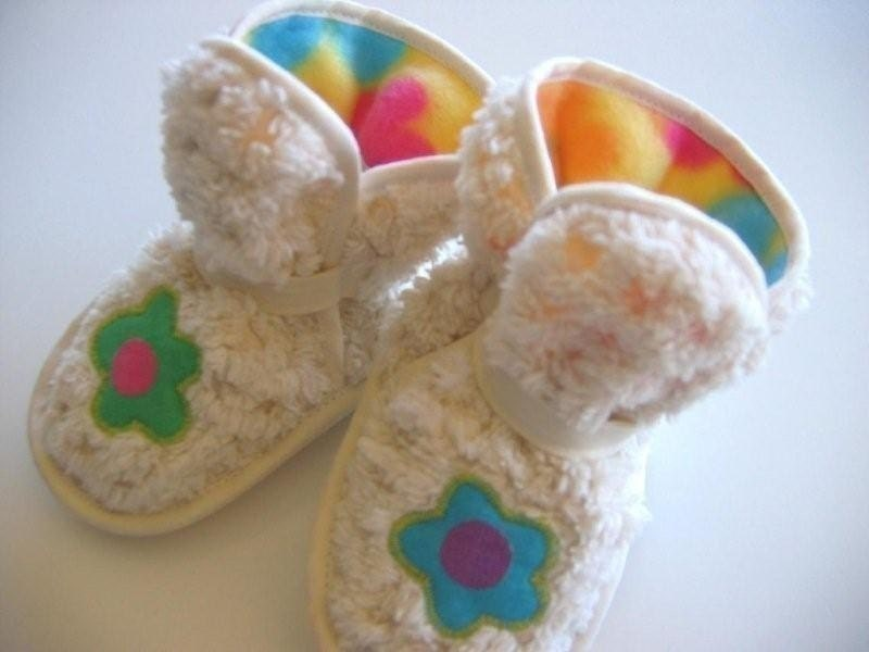 SHAGGY Chenille Booties with Mod Flowers
