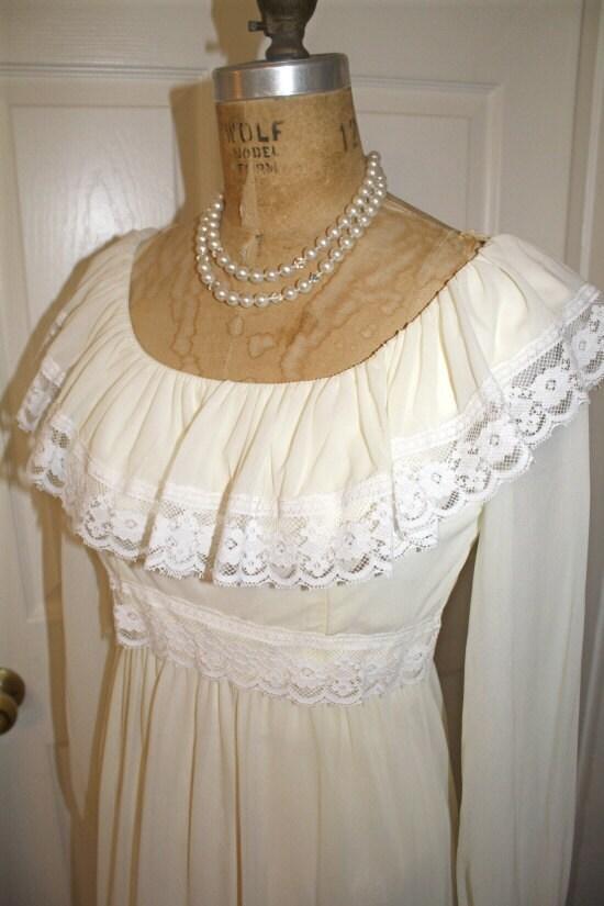 Vintage 70s Creamand White HippieBoho BridalWedding Dress
