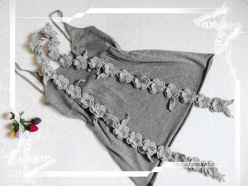 دستی قلاب دوزی خاکستری روسری گل برگ با رنگ خاکستری