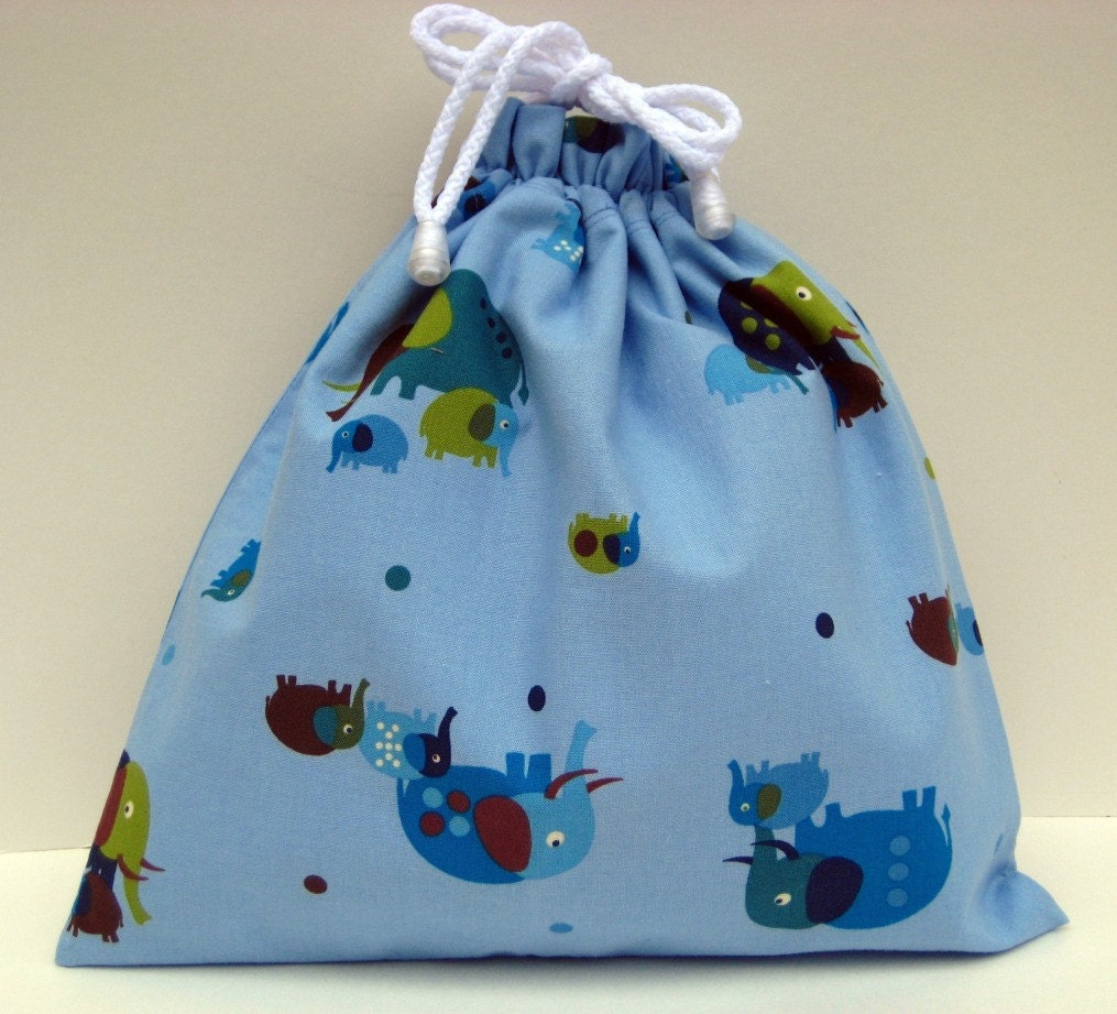 Small Wet Bag in Blue Entertaining Elephants by paisleybaby on Etsy