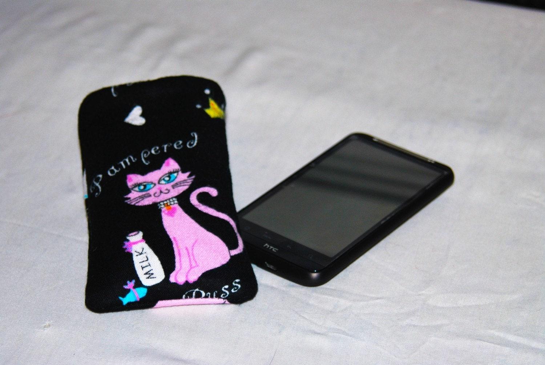 iPhone catse with cat design