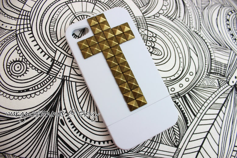 FREE Shipping US -- Cross Gold Brass Studs iPhone 4 4S White Slide Rubberized Matte Studded Phone Case AT&T Verizon Sprint