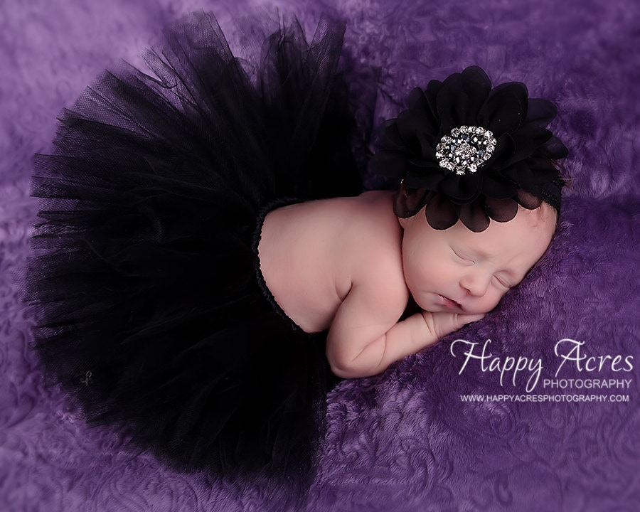 You searched for: baby black tutu! Etsy is the home to thousands of handmade, vintage, and one-of-a-kind products and gifts related to your search. No matter what you're looking for or where you are in the world, our global marketplace of sellers can help you find unique and affordable options. Let's get started!