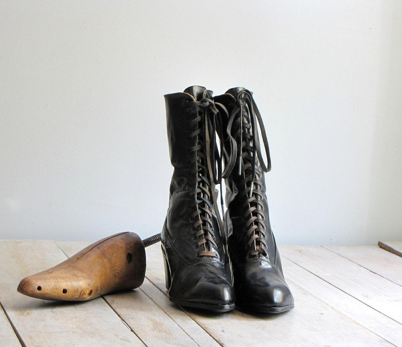 antique women's victorian shoes - wretchedshekels