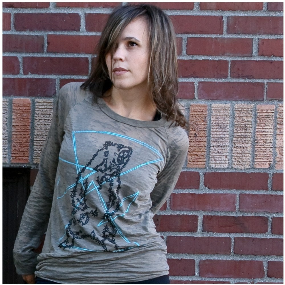 Ursa Major Burnout Raglan - women's medium - geometric bear print on brown