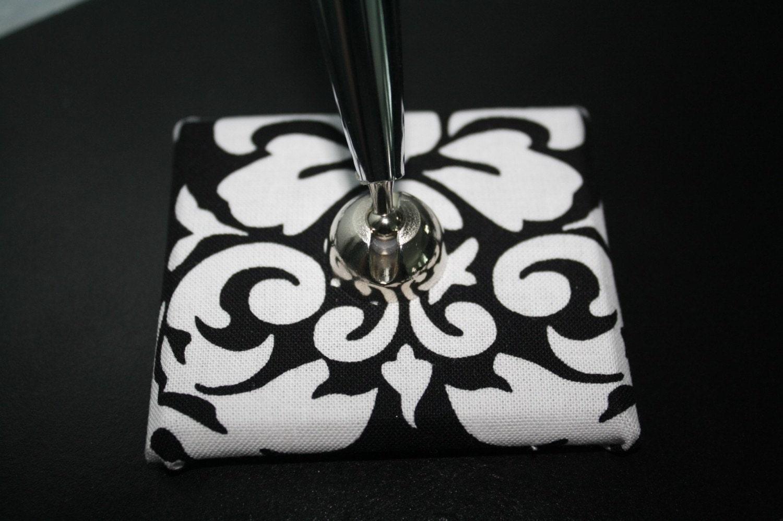 Black White Damask Pen