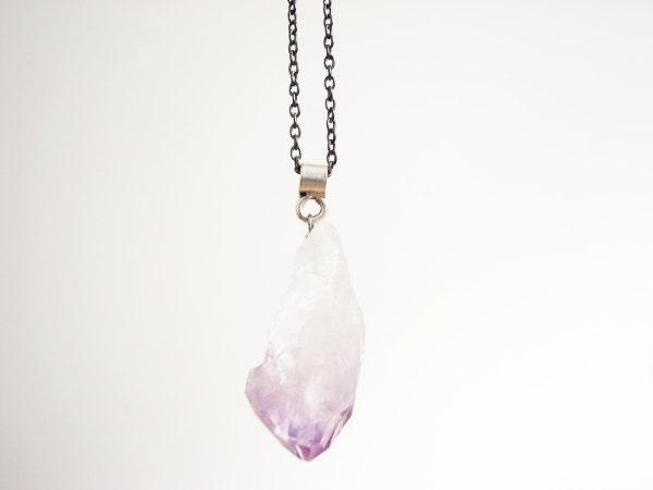 RAW- Amethyst pendant (long) / LongAmNO.3