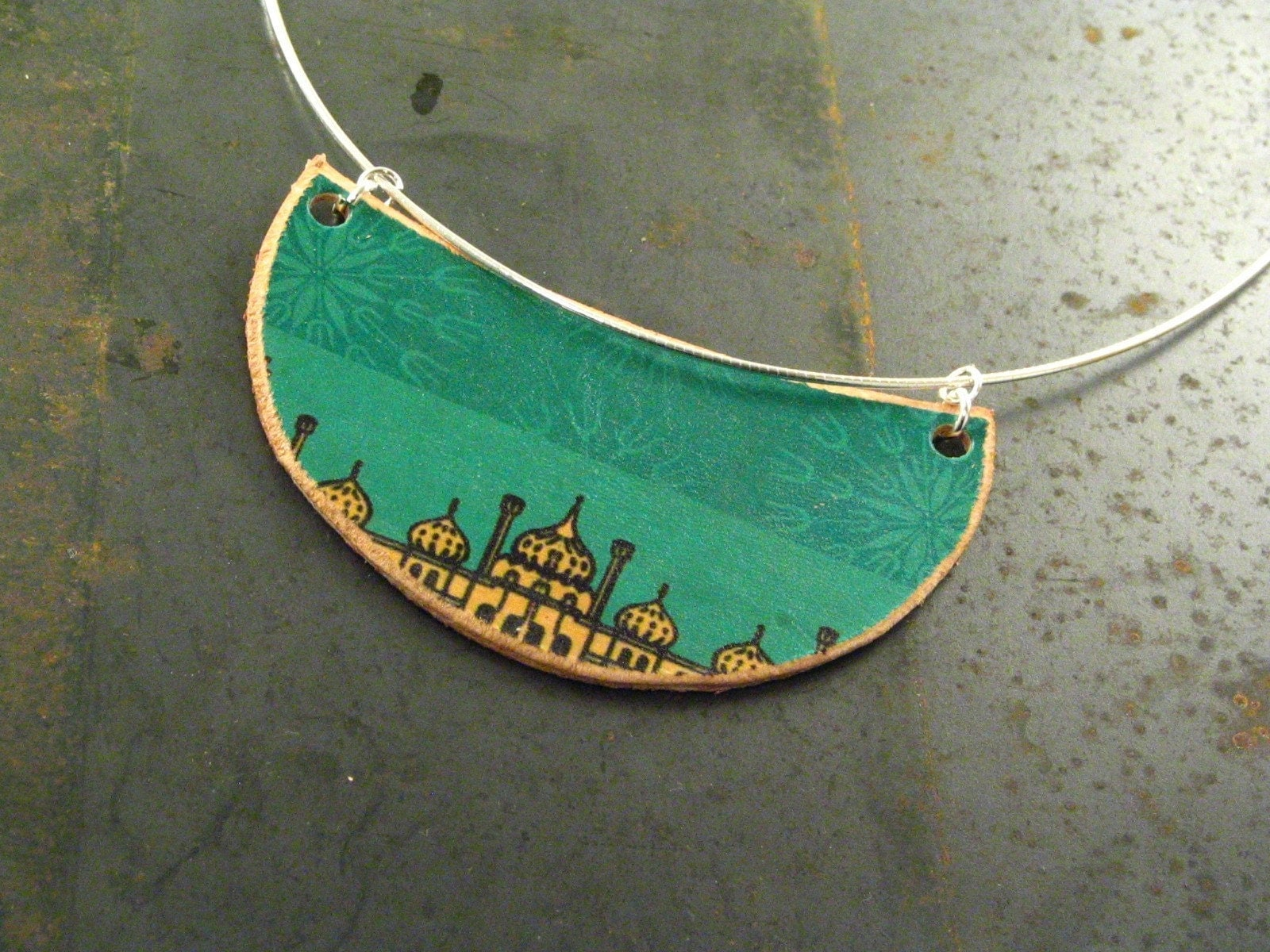 To the skyline leather pendant