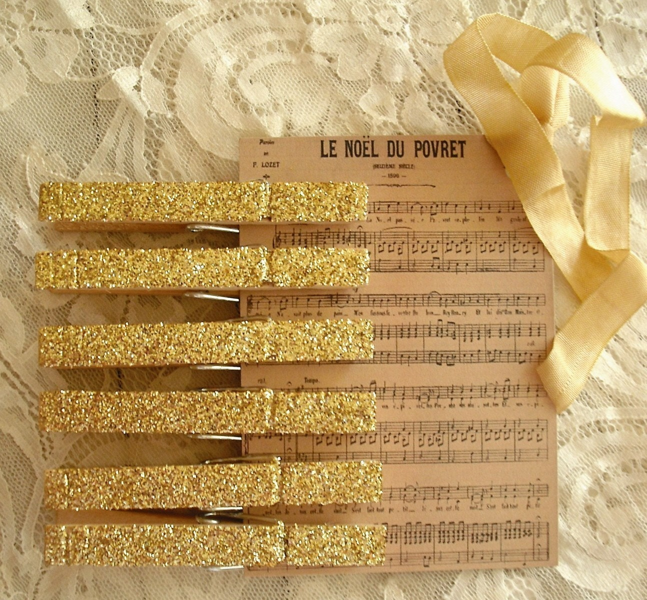 Набор из 6 Vintage Вдохновленный золото сверкали прищепки / Holiday тегов