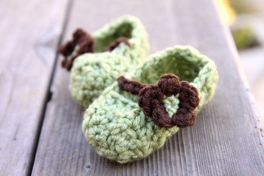 Newborn Mary Jane Booties