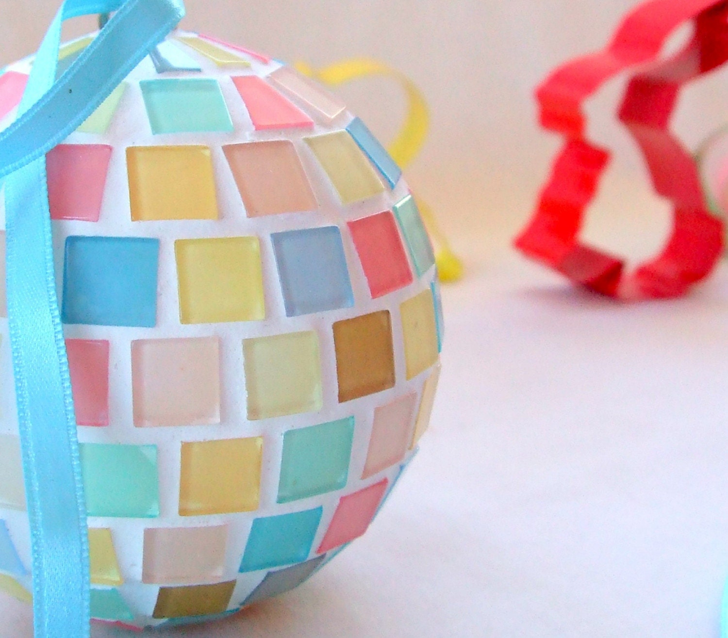 Pastel hanging ball - decorative mosaic