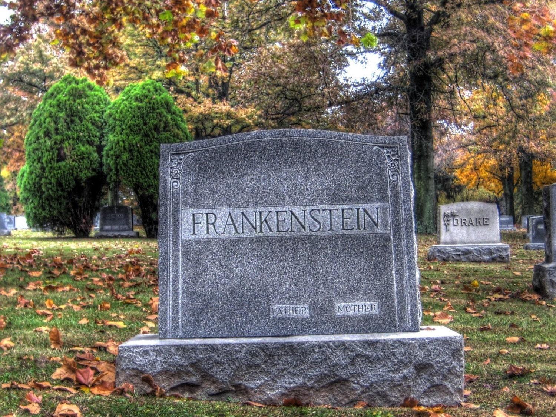Halloween Home decor Frankenstein - jalinde