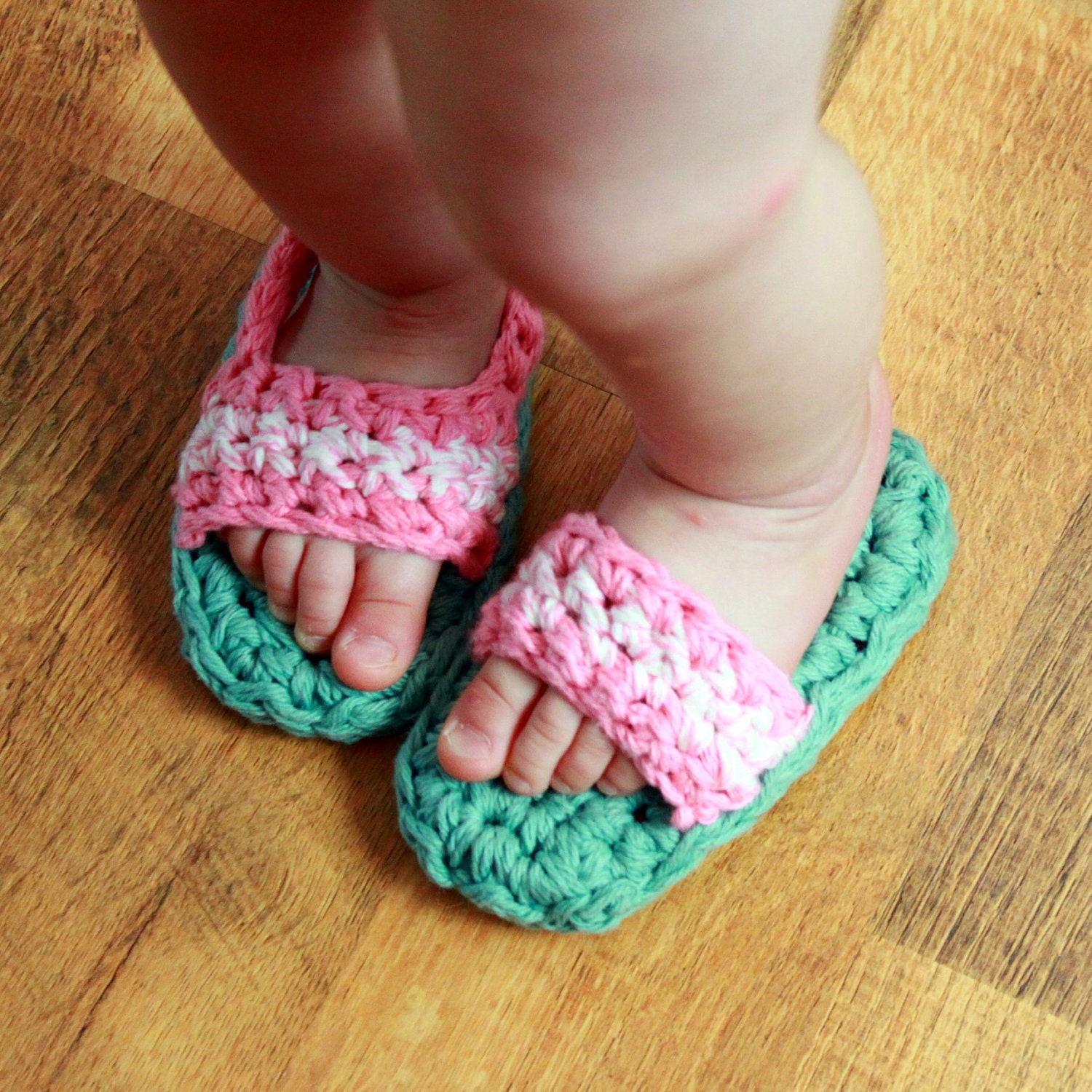 Toddler/Child Sandals w/ or w/out backstrap PDF Crochet Pattern