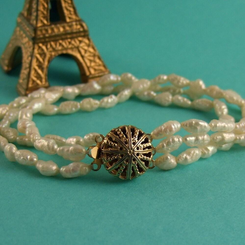 PEARLS PLEASE -  Vintage Freshwater pearl bracelet