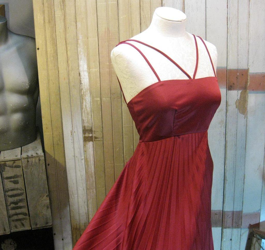 1970s Vintage dress Wine perma pleats disco party  criss cross straps XS S