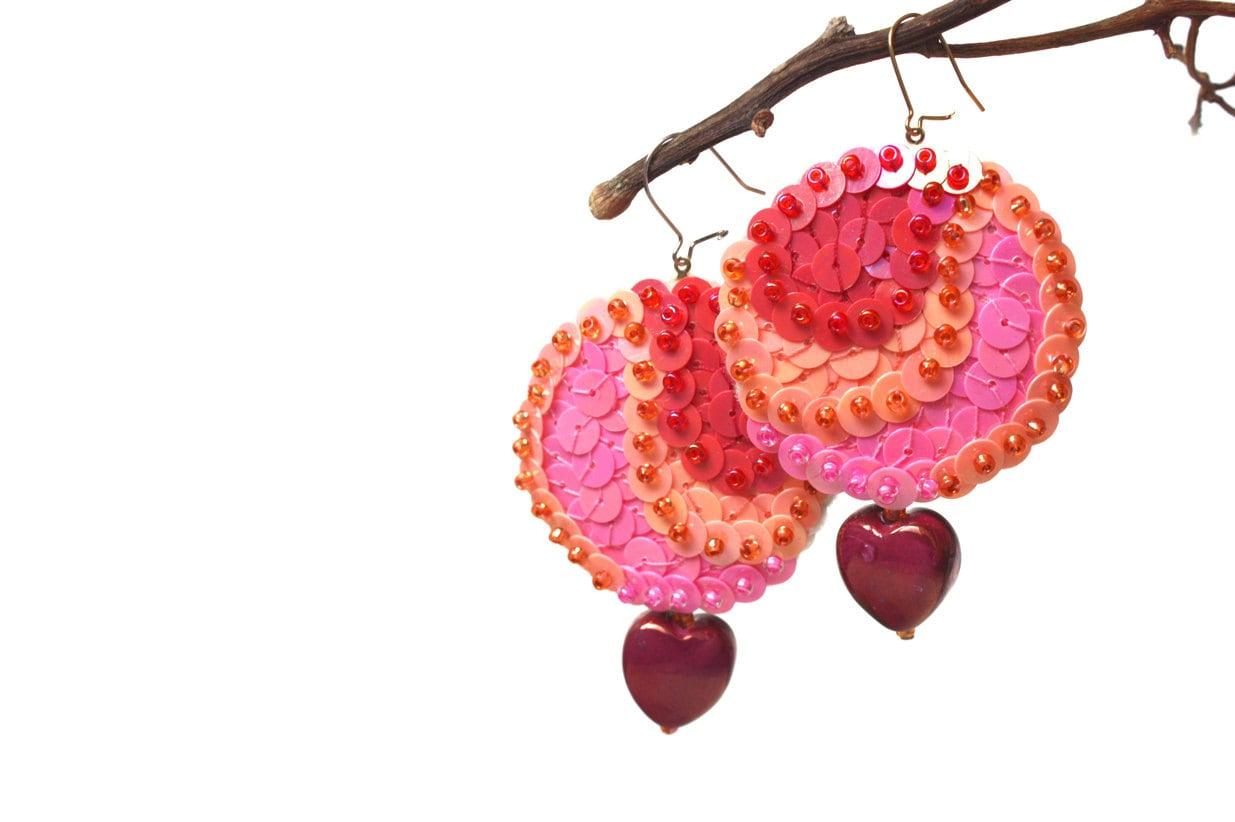 Earrings Pink Peach red Sequins Heart beads felt - velanch