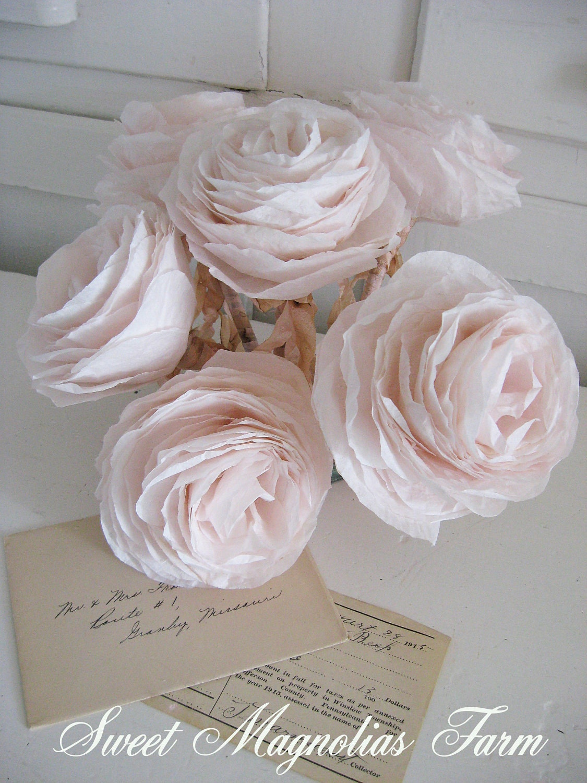Просто романтический бумаги роза перо ...  Мягкий розовый Vintage .... украсить ваш Workspace ..  Магазин ..  Свадебный ..  -Летие ..