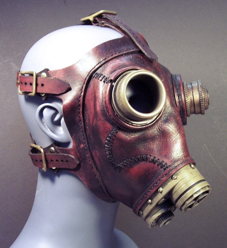 Gas mask No.43 in red leather steampunk