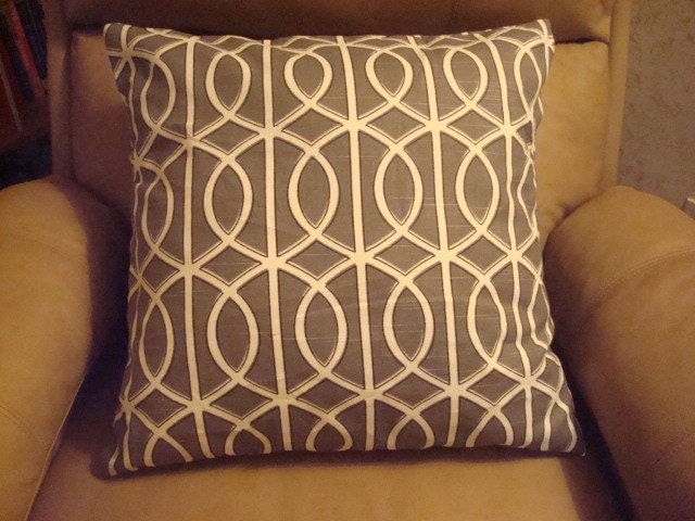 "18"" x 18"" ONE gray chain ENVELOPE pillow cover"