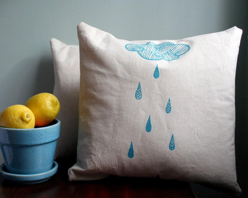 Rain Cloud. Pillow in Natural Cotton Canvas.