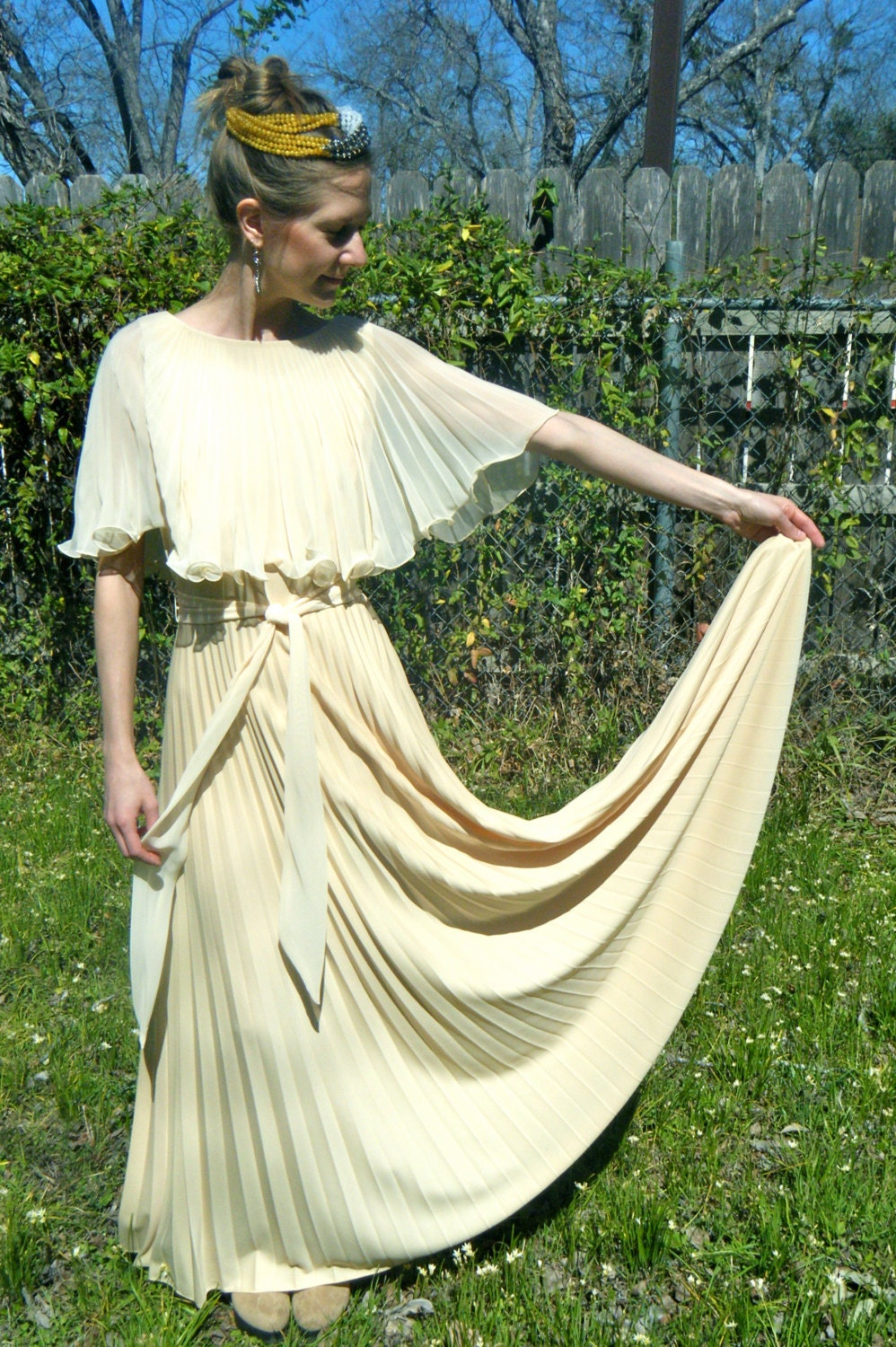 Vintage cream ivory wedding dress 1970s wedding dress by WetDesert