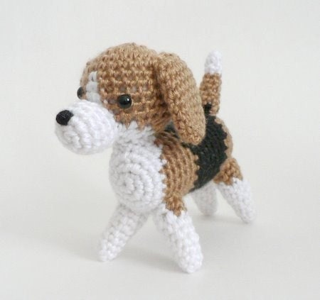Crochet Patterns Pets : AmiDogs Beagle amigurumi dog PDF CROCHET PATTERN by PlanetJune