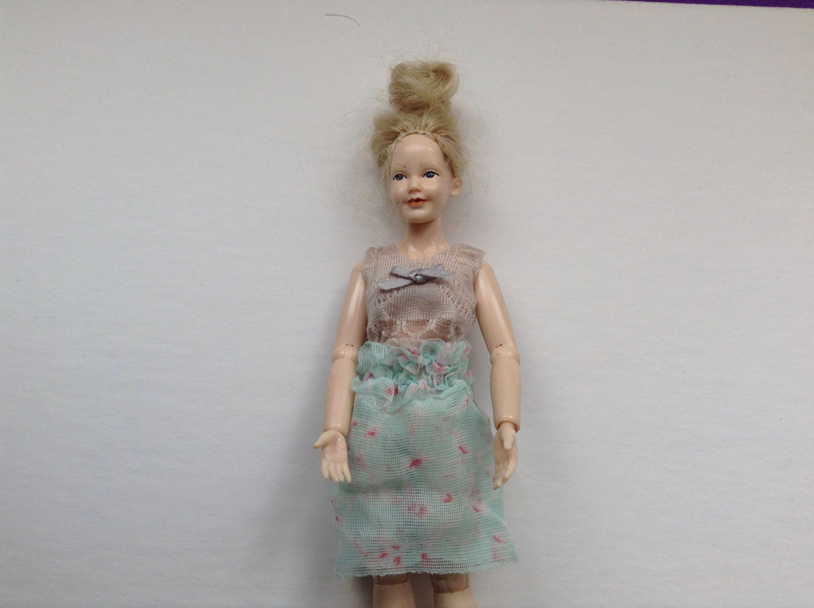 112 scale Women beige top with green floral net skirt for Heidi doll by Jings Creations