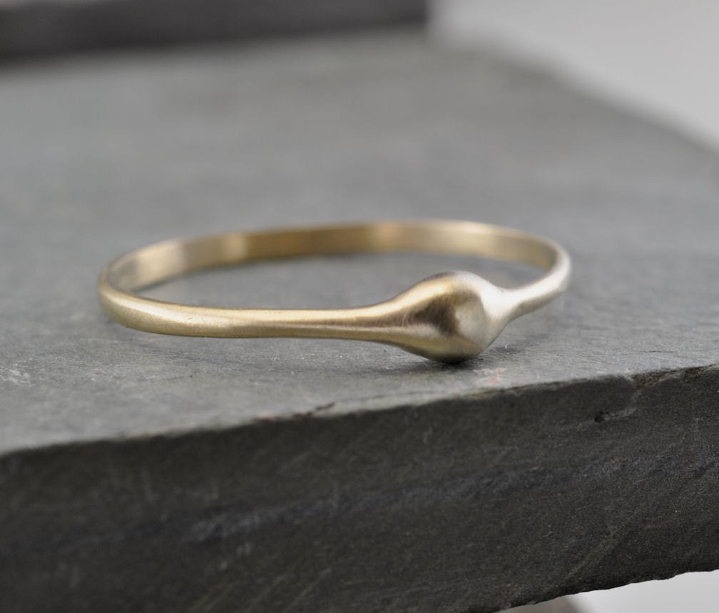 Wave ring - 14k yellow gold