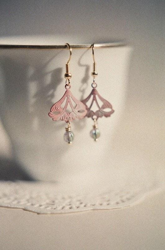 Marie, delicate art nouveau fern earrings in shabby pink patina